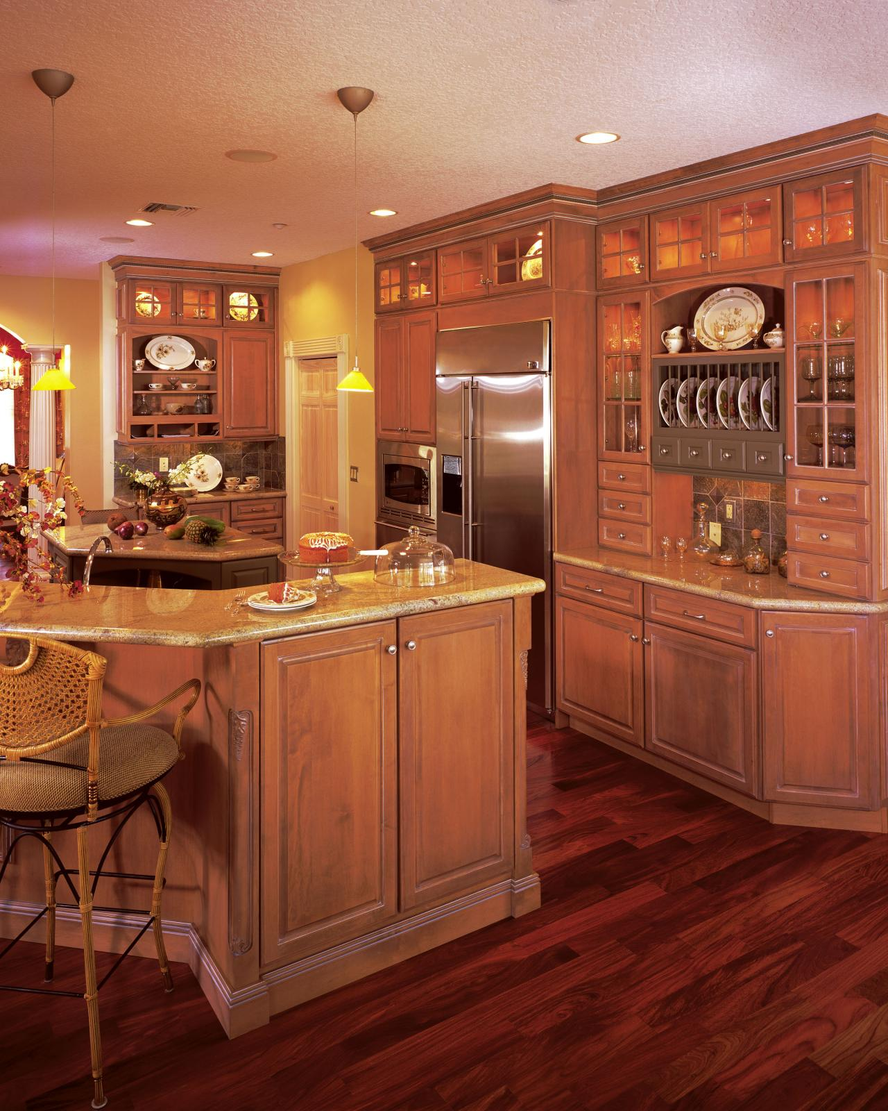 Dynasty Omega Kitchen Cabinets: Graham Interiors, LLC